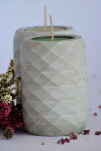 Dekoracyjny świecznik betonowy